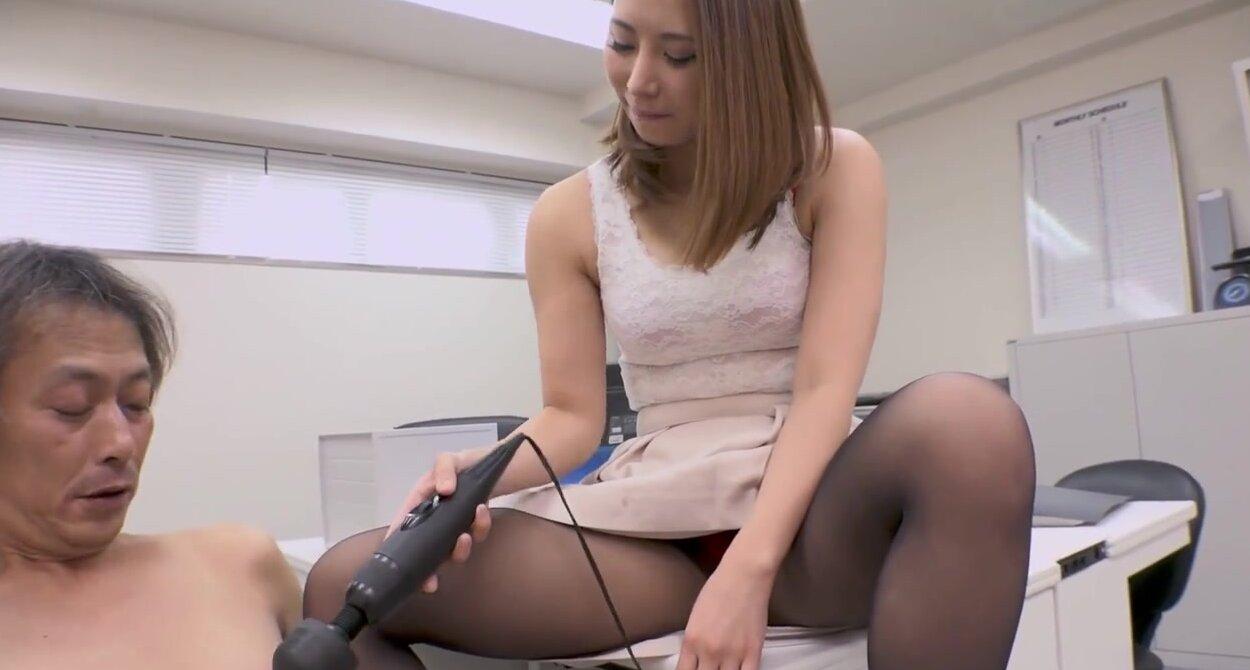 Японочка Любит Сосать Длинные Члены